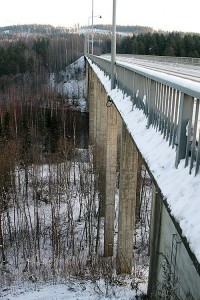 Leppävirran sillan pilaristoa