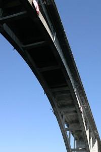 Kuva sillan alta