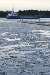 Pietarilainen Koriangi laiva jatkaa matkaa kohti Kuopiota