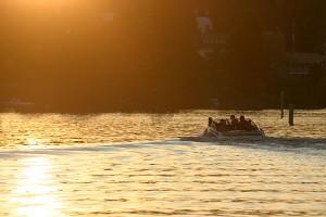 Täysilasti veneessä Leppävirrassa
