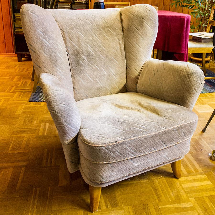 Ränistynyt tuoli