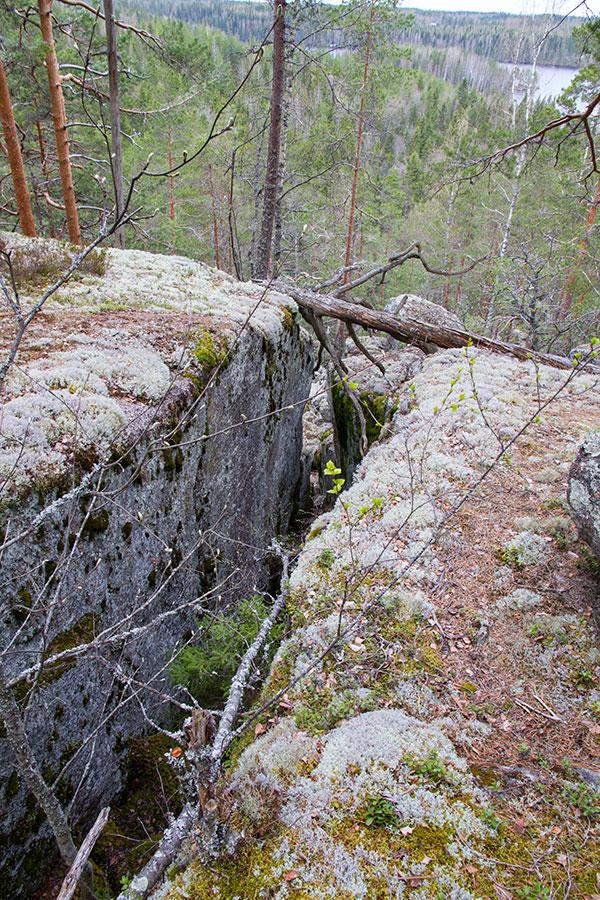 Kalliohalkeama