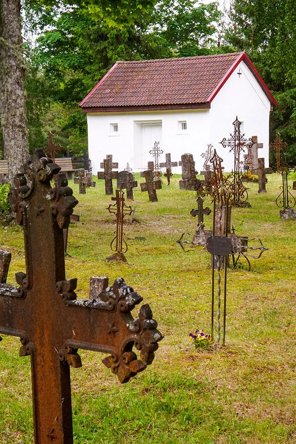 Rooslepa kappelin hautausmaa