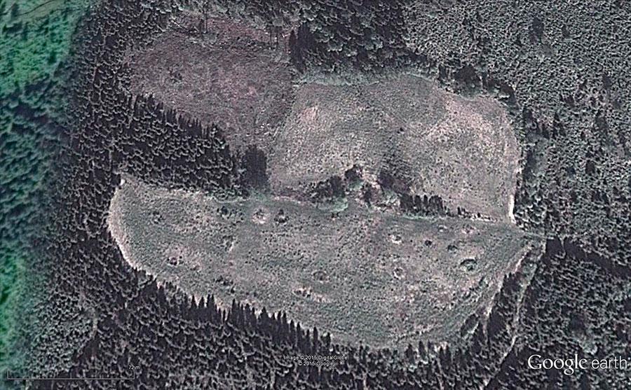 Google Earthin Ilmakuva mäestä