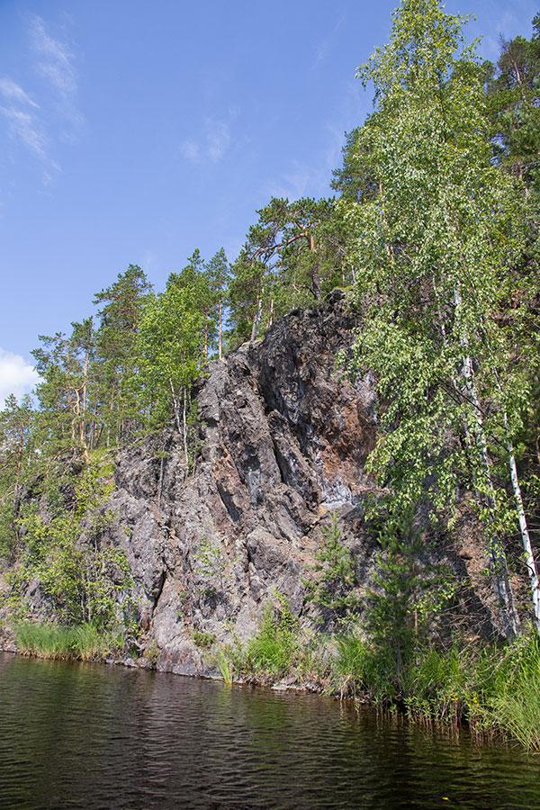 Partaharjunniemen kallioita