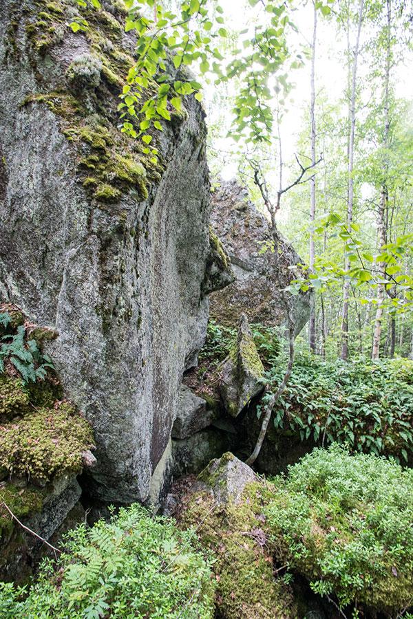 Vuorelle kiipeäjän toivottaa tervetulleksi ukko