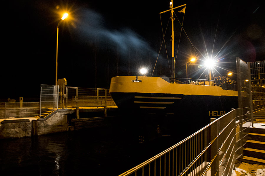 HELGA - General Cargo, Konnuksen kanava