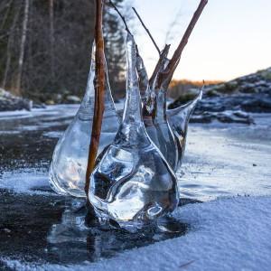Vuojen ensimmäisen päevän jääveistokset