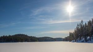 Lumkenkäilemässä Kuvajanniemellä, Sorsavesi, Leppävirta