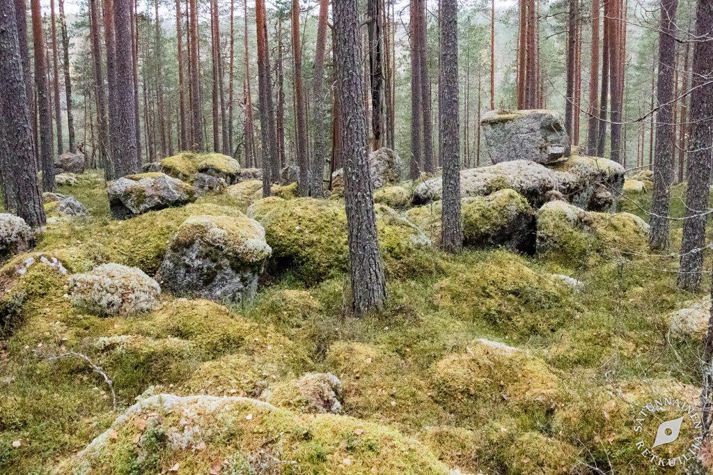 Suuri kivi kiven päällä, Leväniemi, Jäppilä