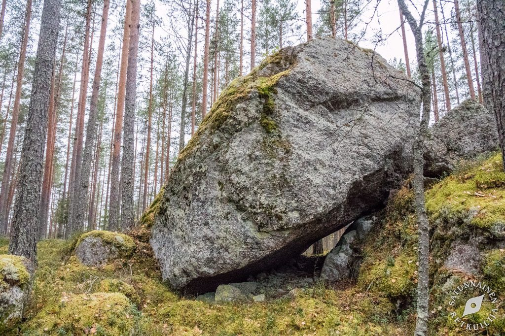 Suuren kiven alla luola, Leväniemi, Jäppilä